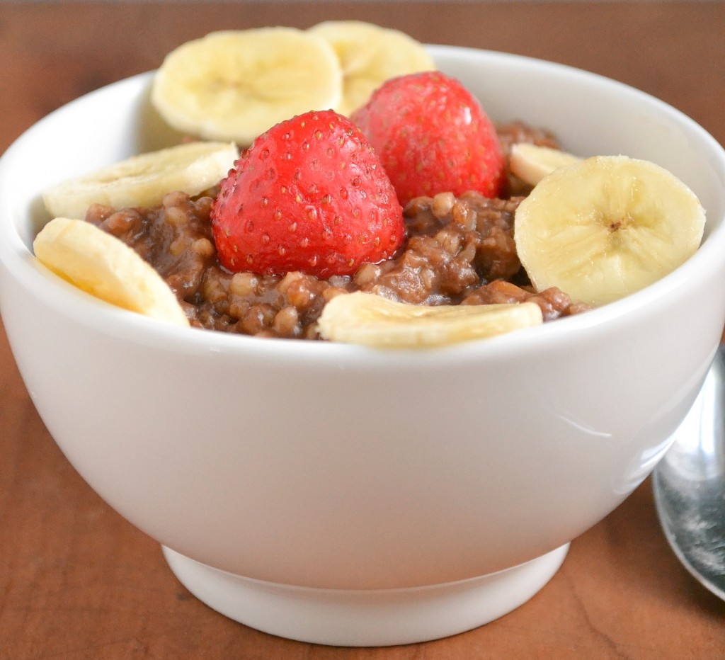 Healthy Mocha Oatmeal(and the Versatile Blogger Award!)