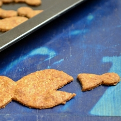 Thumbnail image for Homemade Goldfish Crackers and DIY Goldfish Cookie Cutter