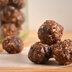 Thumbnail image for Chocolate No-Bake Energy Bites