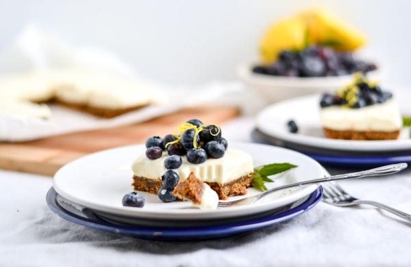 No Bake Greek Yogurt Cheesecake