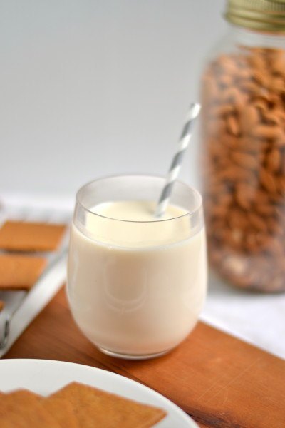 Vanilla Maple Almond Milk(Without a Blender!)