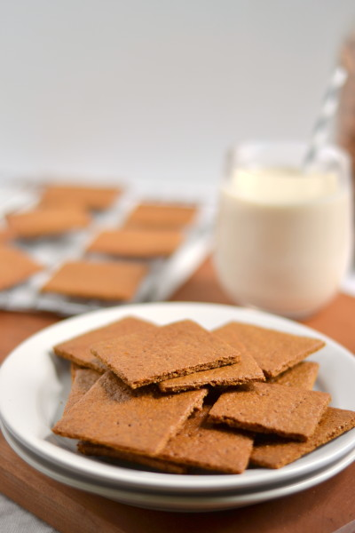 Vanilla Maple Almond Milk(Without a Blender!)