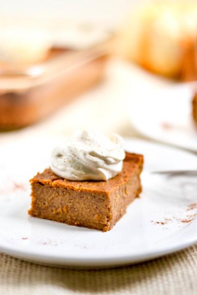 Crustless Pumpkin Pie Bars