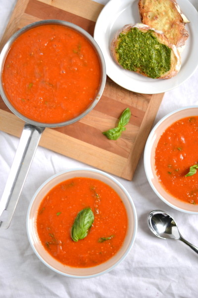 Roasted Tomato and Garlic Soup Image
