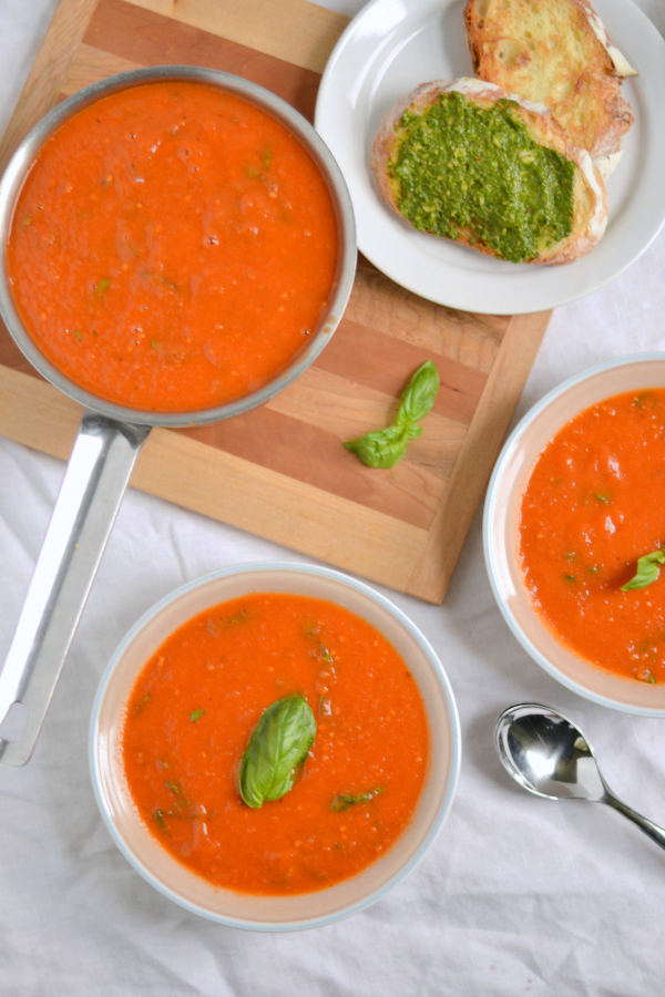 Roasted Tomato and Garlic Soup photo