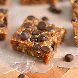 Thumbnail image for Cashew Chocolate Chip Cookie Larabars