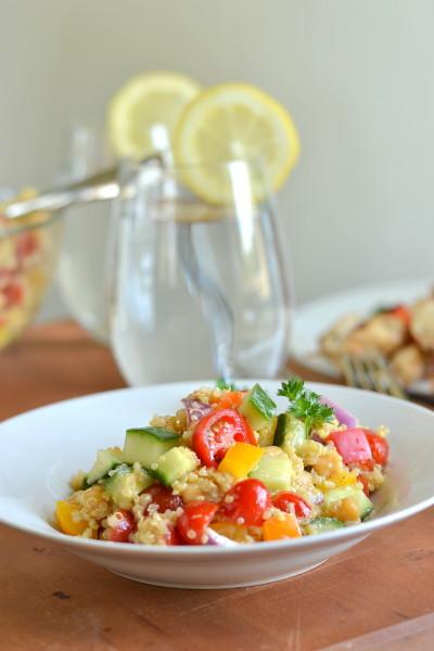 Quinoa Chickpea Greek Salad Image