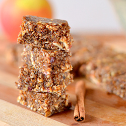 Thumbnail image for Apple Pie Larabar Bites