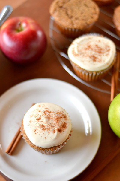 whole-wheat-applesauce-cupcakes-6