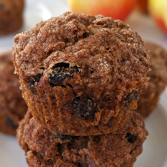 These easy and healthy applesauce muffins are fluffy, moist and delicious. They also have vegan, whole wheat and gluten-free options.