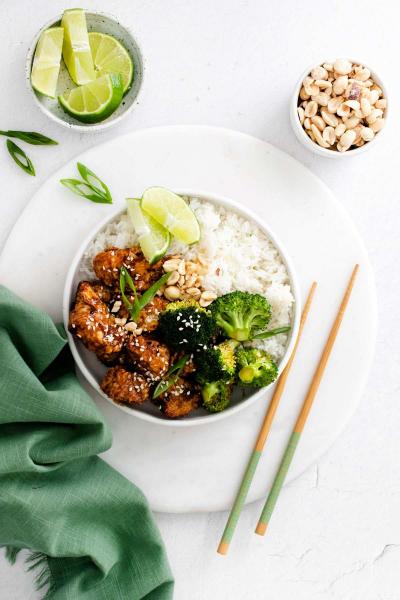 air fryer sesame chicken in bowl