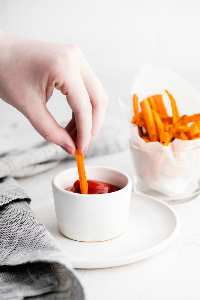 air fryer carrot fries dipped in sauce