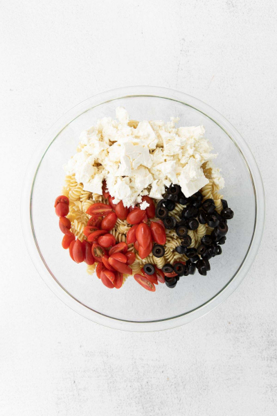ingredients for greek pasta salad